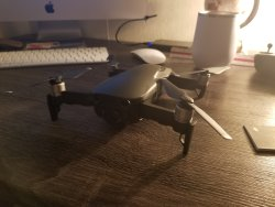 DJI Mavic air, almost new. Comes with remote Image #4