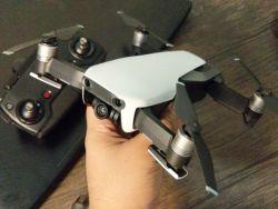 DJI Mavic Air Fly More Combo Kit (Arctic White) + 16GB Micro SD Card Image #3