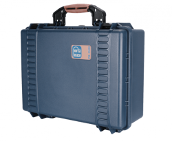 Sturdy carrying case Image