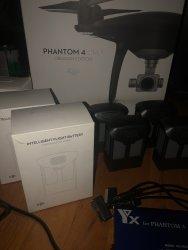 Phantom 4 Pro Obsidian (lots of extras) Image #3