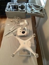 DJI Phantom model GL300C - like new Image