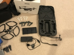 DJI Spark Fly More Combo (With extra stuff) Image #3