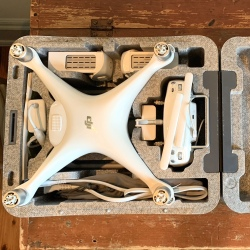 DJI PHANTOM 4 EXCELLENT CONDITION Image