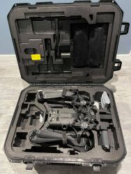 Almost brand new DJI M300 RTK with H20 and three sets of TB60's Image #3