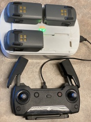 DJI Spark quadcopter Bundle - Aircraft, Controller, 3 batteries, custom cDJI Spark quadcopter Bundle - Aircraft, Controller, 3 batteries, custom chargerharger Image #4
