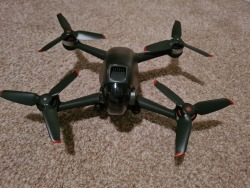 DJI FPV COMBO with Fly More Kit Image #2
