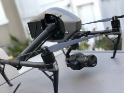 DJI Inspire 2 / Zenmuse X7 (ProRes) Package Image #4