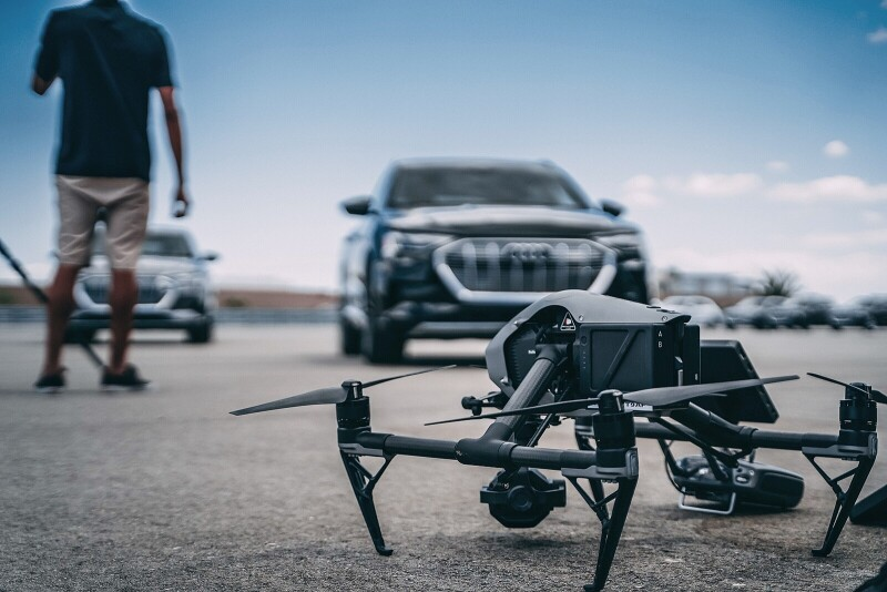 DJI Inspire 2 / Zenmuse X7 (ProRes) Package Image #1