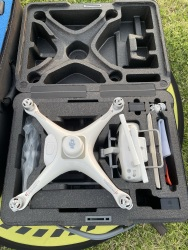 Phantom 4 RTK Quadcopter with D-RTK 2 GNSS Mobile Station Combo Image #2