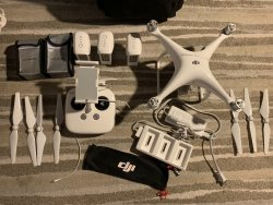 DJI Phantom 4 [Tons of extras] Image