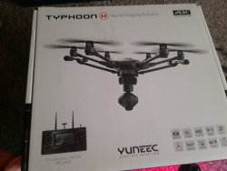 Yuneec Typhoon 4K Hexacopter Drone With ST-16 Remote & ELITE Range Extender Image #4