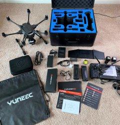 YUNEEC Typhoon H 4K UHD Drone Full Bundle (FREE Hard Case + Lume Cube Light Kit + Spare Battery) Image